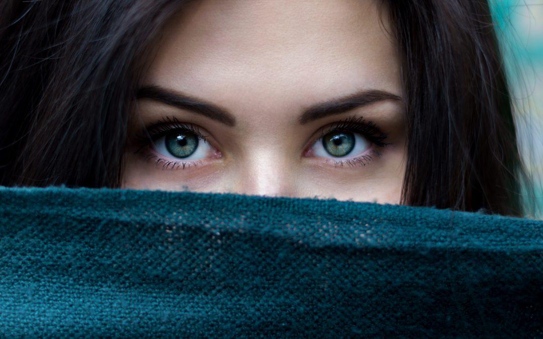 Gevoelig voor prikkels? Over 2 typen ogen en oefening voor wakkere, ontspannen ogen.